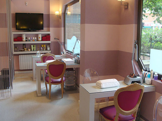 Nails couture madrid cosmetik for Couture de salon