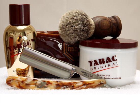 bodegón de productos para hombre Tabac Original