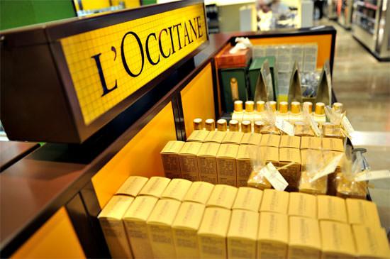 interior tienda de L'Occitane