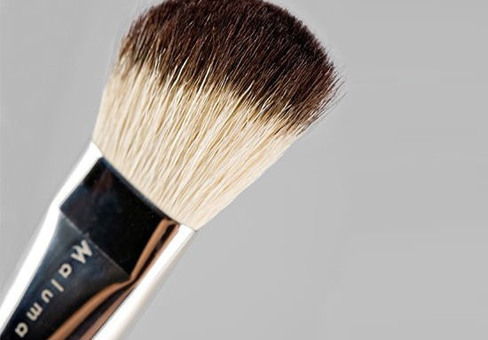 detalle de brocha de pelo natural