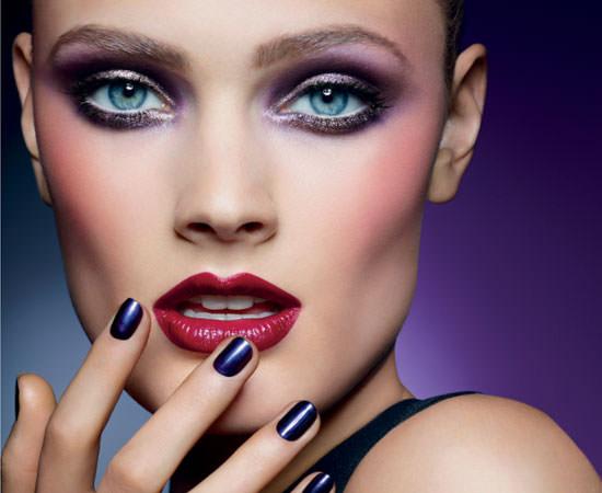 modelo Pure Color Violet Underground de Estée Lauder