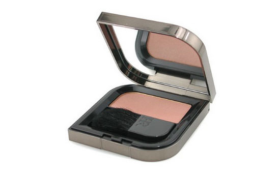 colorete Wanted Blush, tono Glowing Sand de Helena Rubinstein