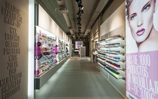 entrada a la tienda  Beautik