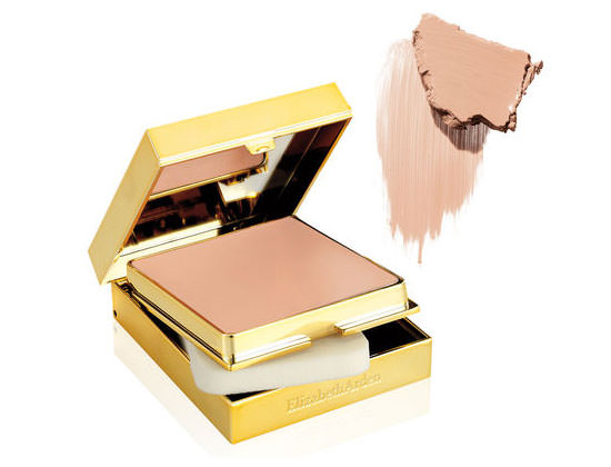 Flawless Finish Sponge-On Cream Makeup de Elizabeth Arden