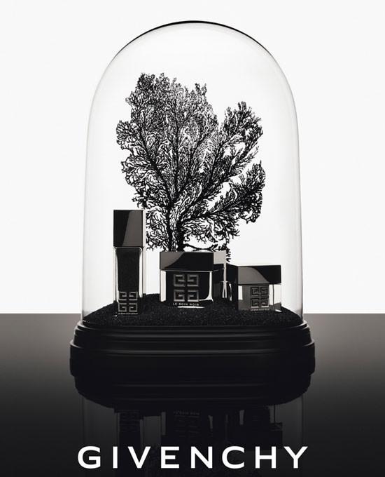 Le Soin Noir L'Extrait de Givenchy, es magia negra
