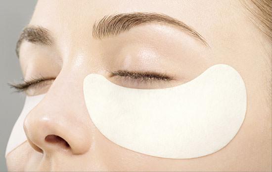 como aplicar los parches de Shiseido