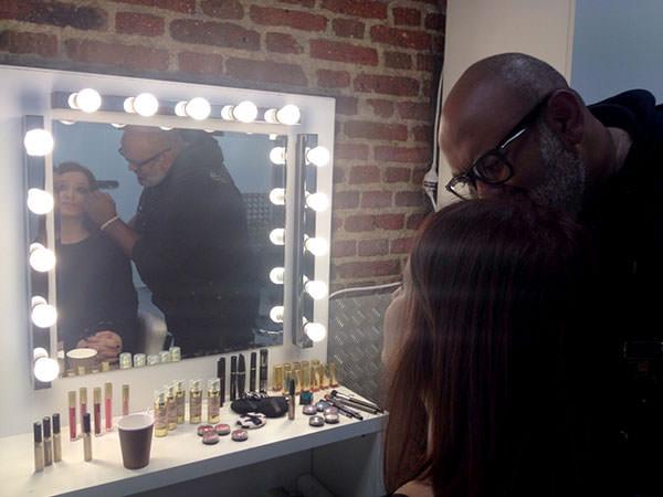 Lewis Amarante maquillandome