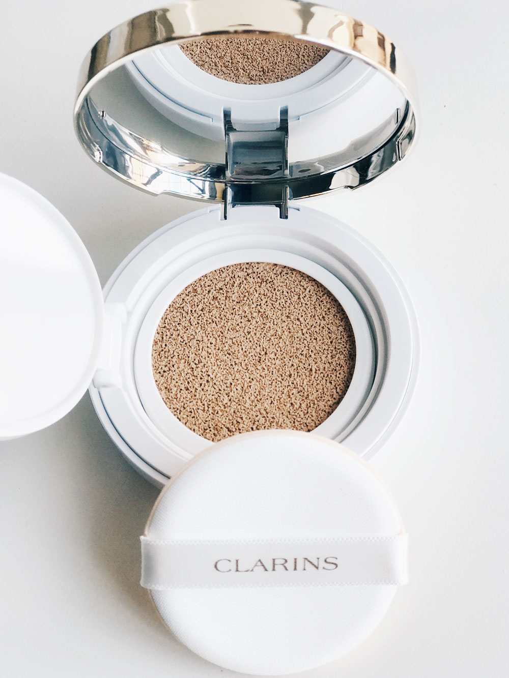 Everlasting Cushion de Clarins