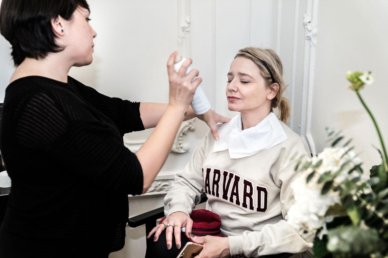 Arantza probando tratamientos de Caudalie