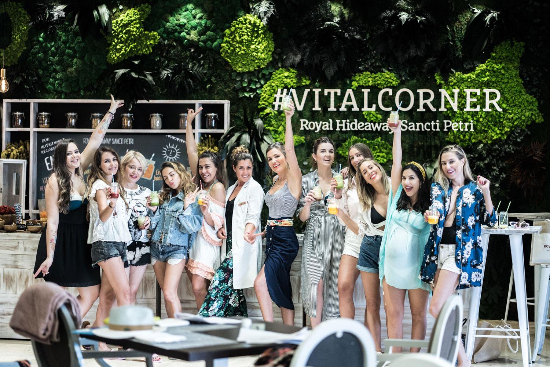 Las chicas del CosmetikTrip12 en el Vital Corner del hotel