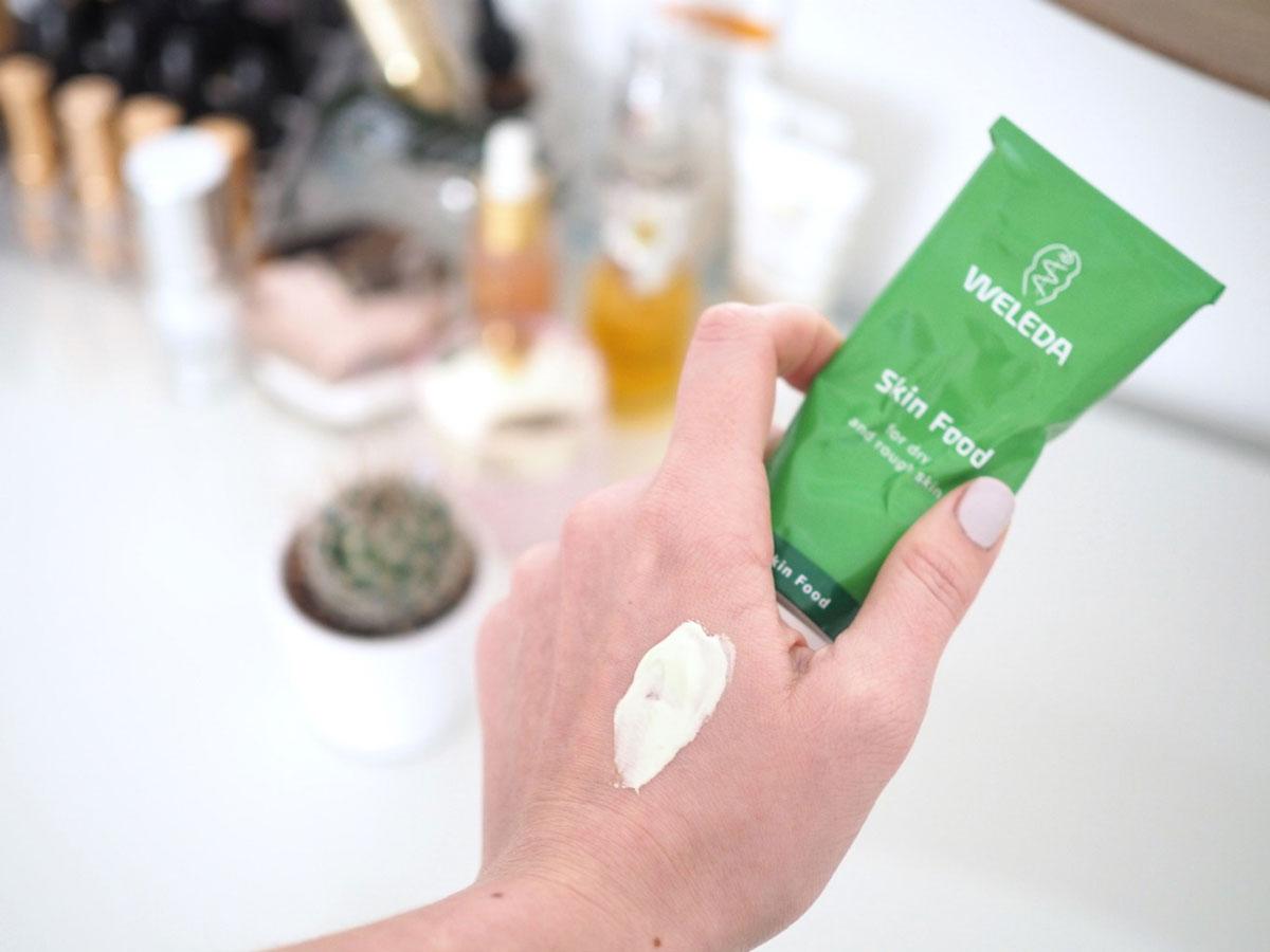 Aplicar Skin Food